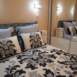 Ние предлагаме спално бельо и кърпи, които се сменят всяка седмица и при поискване.