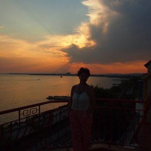 После того как вы видите солнце величественно исчезает за горизонтом, можете созерцат звез